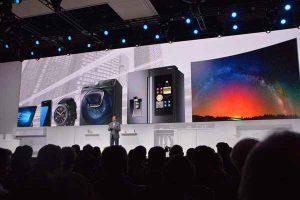 传统家电还可再创新?三星四合一洗衣机 能说话冰箱是创新?